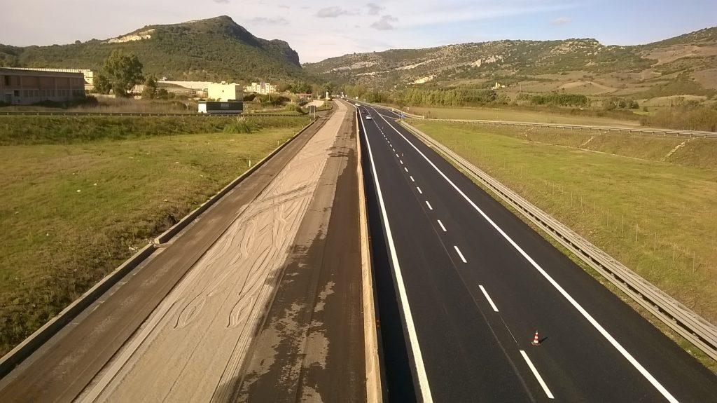 Sassari, asfalto e nuova segnaletica sulla statale 131 - Sassari Oggi