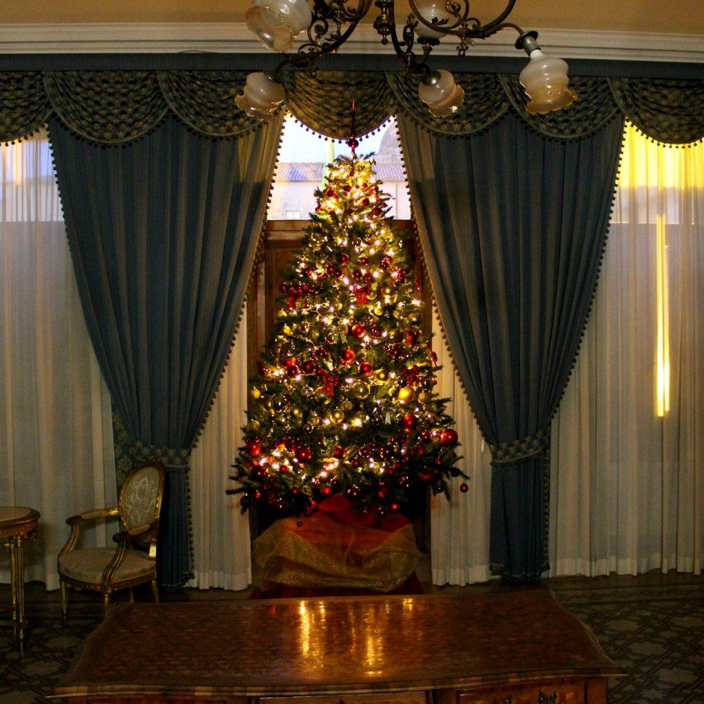 Alberi Di Natale Belli.I Piu Belli Alberi Di Natale Della Provincia Di Sassari Del 2019
