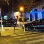 Incidente a Sassari, auto contro i paletti: ragazza in ospedale