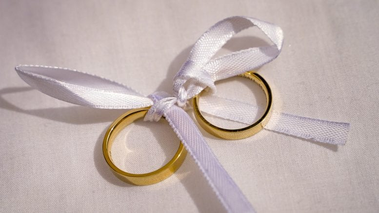 Finto Matrimonio Per Ottenere Il Permesso Di Soggiorno Una Denuncia
